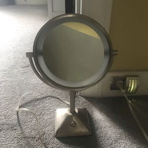 Other - Makeup Mirror
